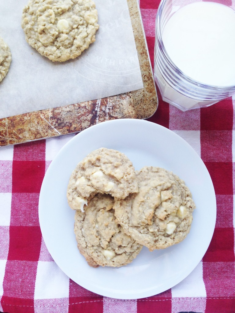 Chewy White Chocolate Oatmeal Cookies