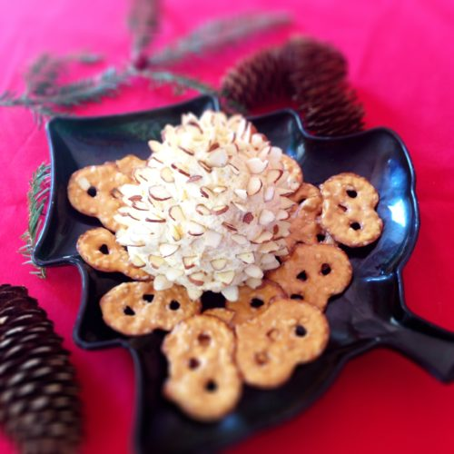 pinecone cheese spread 4