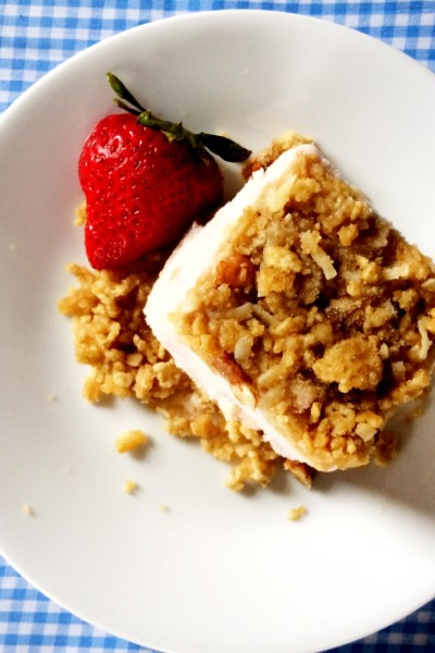 Strawberry {Chex} Ice Cream Dessert