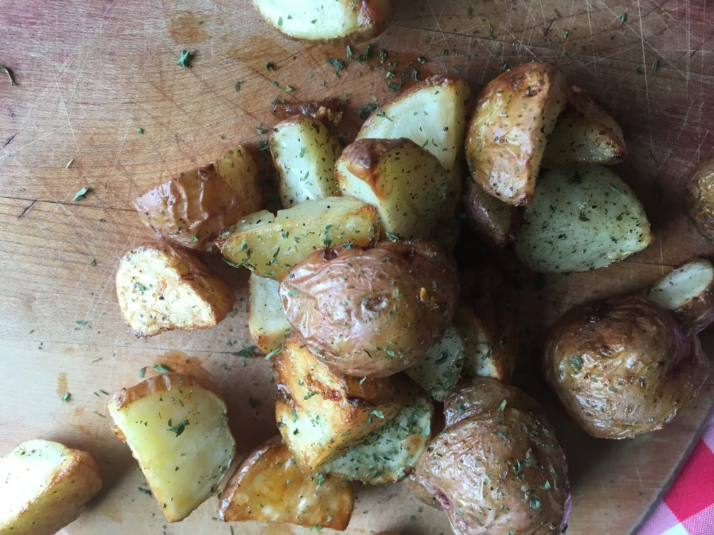 how to make garlic potatoes in the oven