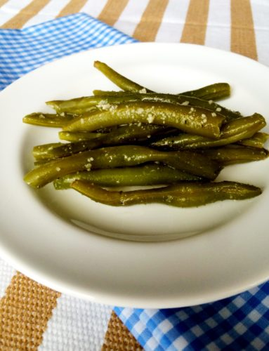 Fresh Garlic Parmesan Green Beans