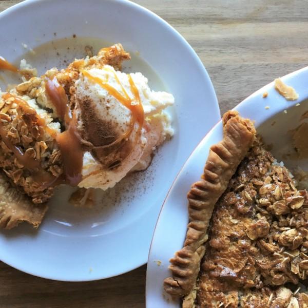 Oatmeal Cinnamon Pie