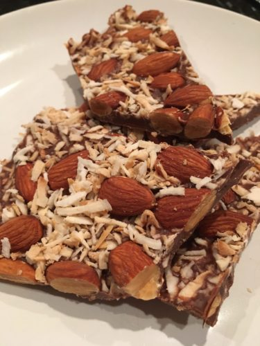 Low carb, sugar-free dark chocolate bark